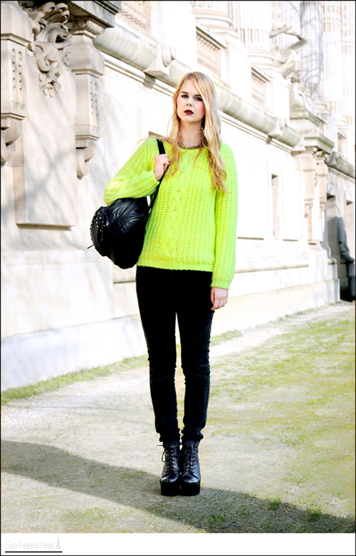 yellow knit9.jpg