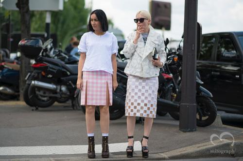2 white girls1.jpg