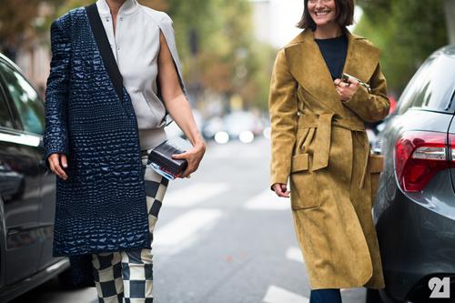 beige coat3.jpg