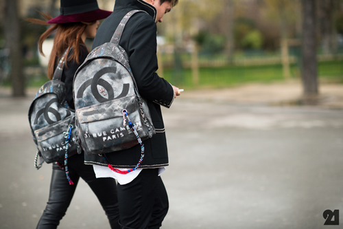 chanel back pack7.jpg