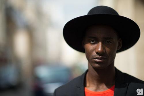 Le-21eme-Arrondissement-Adam-Katz-Sinding-Shyn-Ousman-Le-Marais-Paris-Fashion-Week-France-New-York-City-Street-Style-Fashion-Blog_D4A7018-660x439.jpg