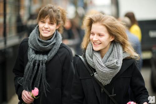 Le-21eme-Arrondissement-Antonia-Wesseloh-Outside-Rodarte-Chelsea-Mercedes-Benz-New-York-Fashion-Week-New-York-City-Street-Style-Fashion-Blog-4.jpg