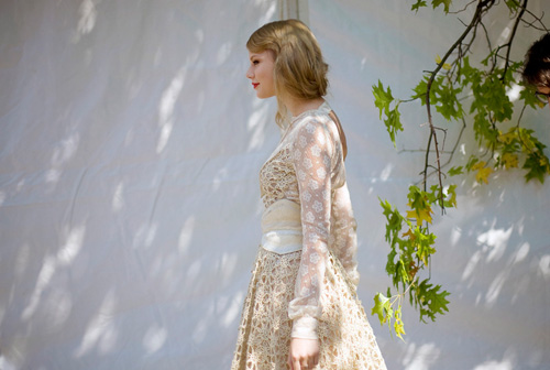 taylor-swift-rodarte.jpg