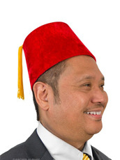 Accoutrements(アクータメンツ) Red Fez