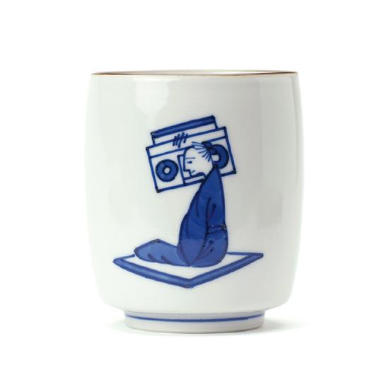 上出長右衛門(カミデチョウエモンガマ)の湯呑 笛吹(ラジカセ)-NONE(キッチン/kitchen)-14-53142-0 詳細画像1