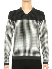 AMéLIE MIDDLE GAUGE HOUNDS TOOTH CHECK SWEATER