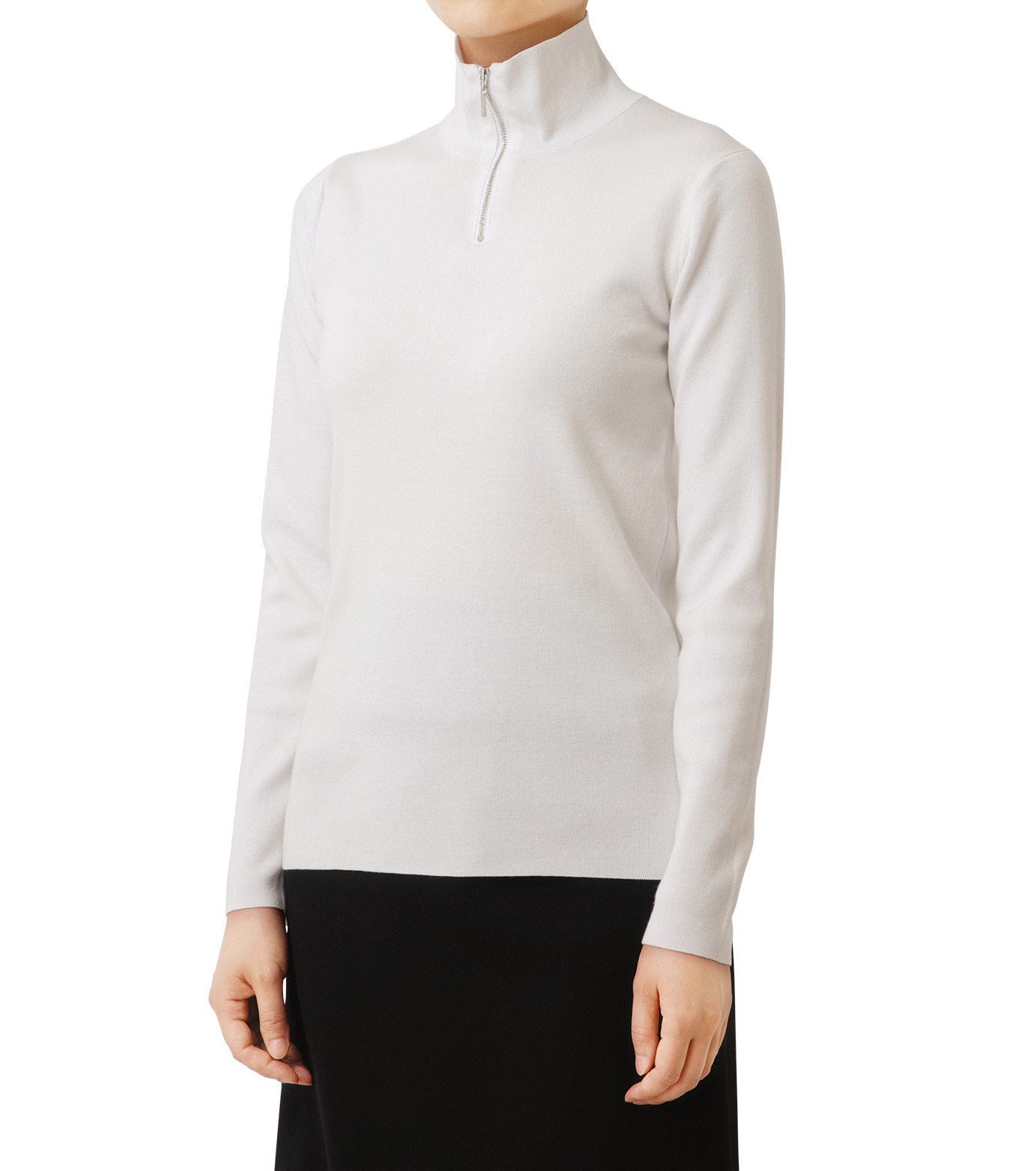 LE CIEL BLEU(ルシェルブルー)のジップタートルネックニットトップス-WHITE(ニット/knit)-18A61416 拡大詳細画像1