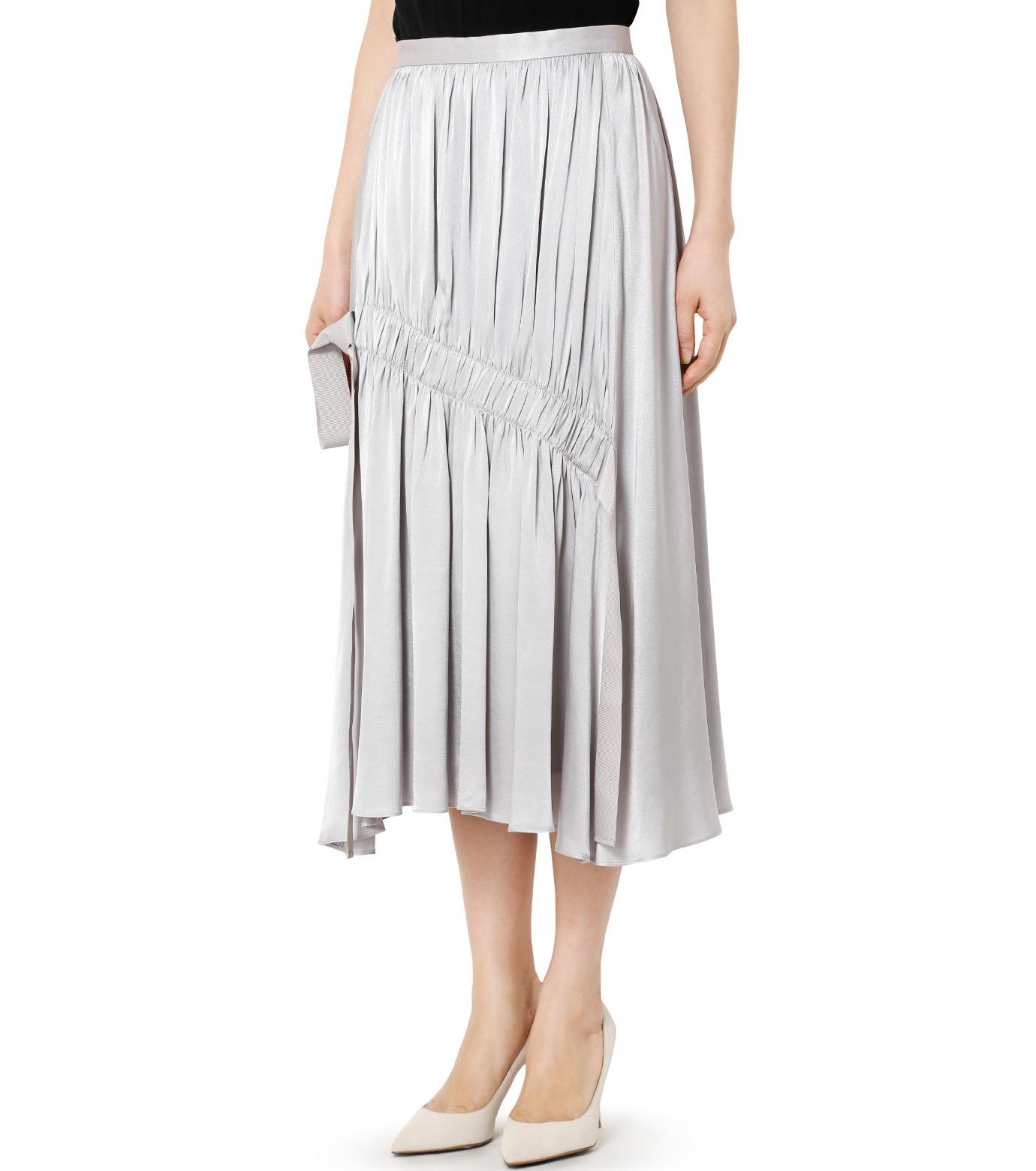 LE CIEL BLEU(ルシェルブルー)のテープギャザリングサテンスカート-GRAY(スカート/skirt)-19S67104 拡大詳細画像3