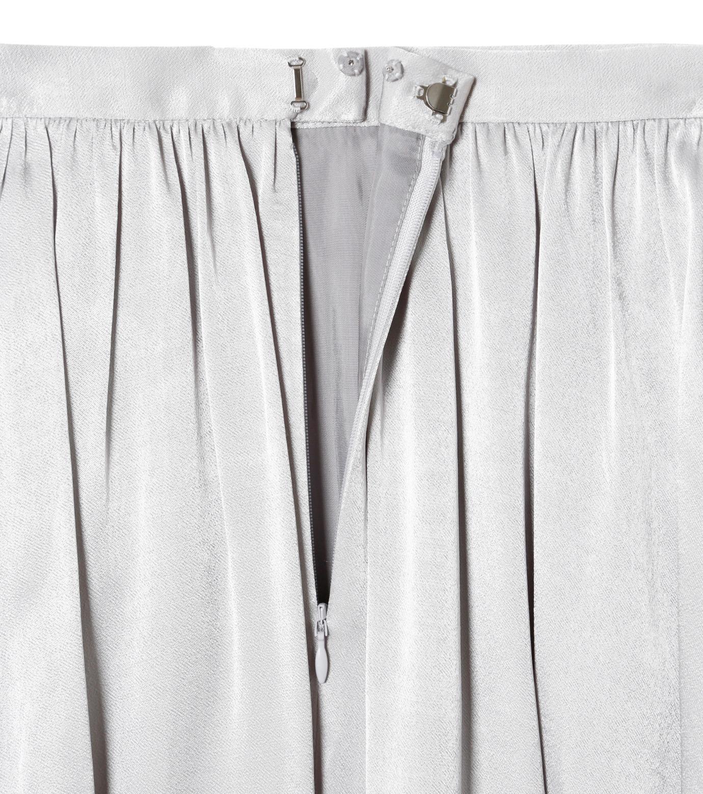 LE CIEL BLEU(ルシェルブルー)のテープギャザリングサテンスカート-GRAY(スカート/skirt)-19S67104 拡大詳細画像5