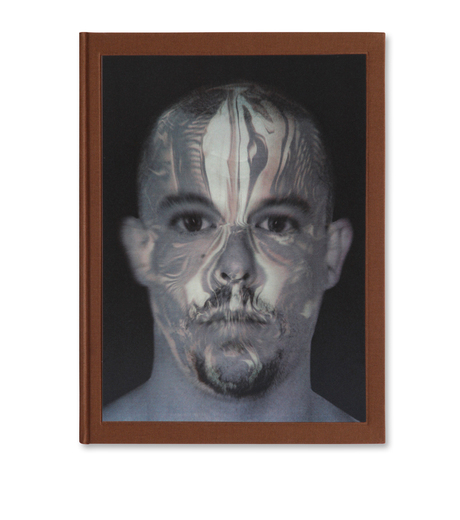 ArtBook(アートブック)のAlexander McQueen: Savage Beauty-SILVER(インテリア/OTHER-GOODS/interior/OTHER-GOODS)-300-16978-2-1 詳細画像1