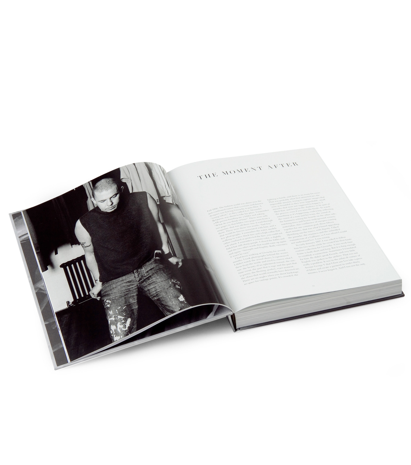 ArtBook(アートブック)のLove looks not with the eyes: thirteen years with lee alexander mcqueen.-GRAY(インテリア/OTHER-GOODS/interior/OTHER-GOODS)-4197-0448-2-11 拡大詳細画像2