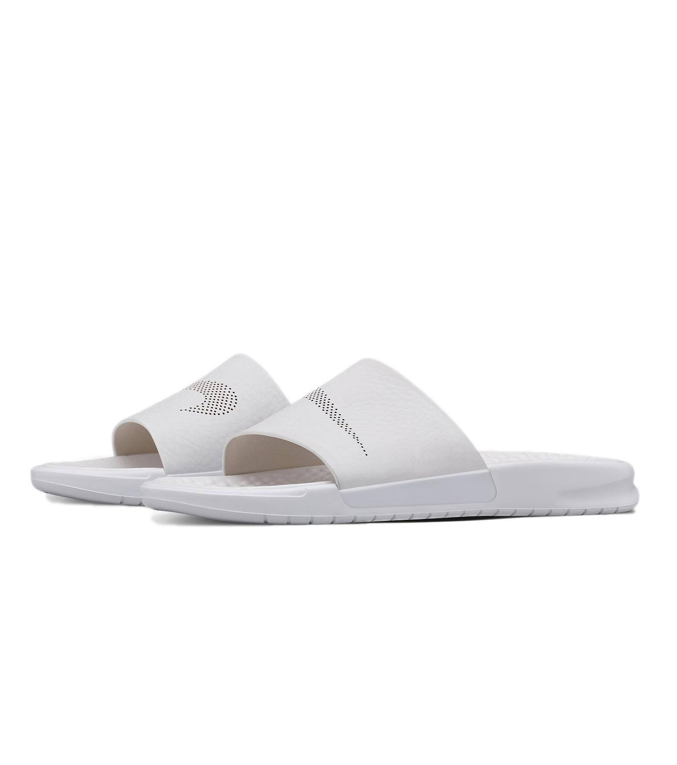 NIKE(ナイキ)のBenassi Slide Lux-WHITE(シューズ/shoes)-818742-100-4 拡大詳細画像3