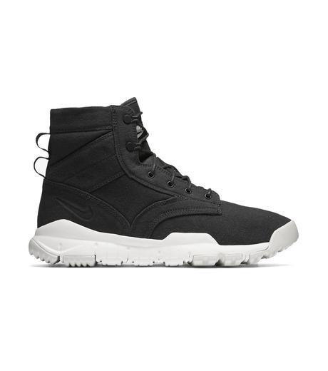 NIKE(ナイキ)のSFB FIELD 6 CANVAS NSW-BLACK(シューズ/shoes)-844577-001-13 詳細画像1
