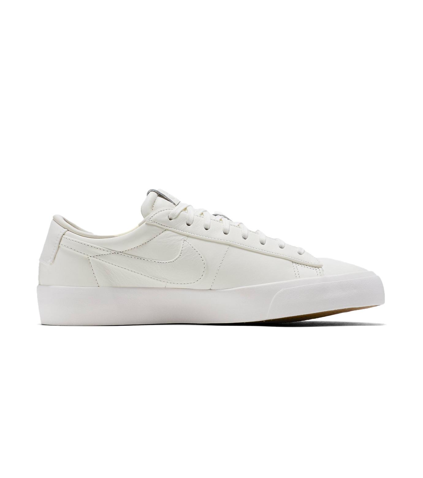 NIKE(ナイキ)のBLAZER STUDIO LOW-WHITE(シューズ/shoes)-904804-100-4 拡大詳細画像1
