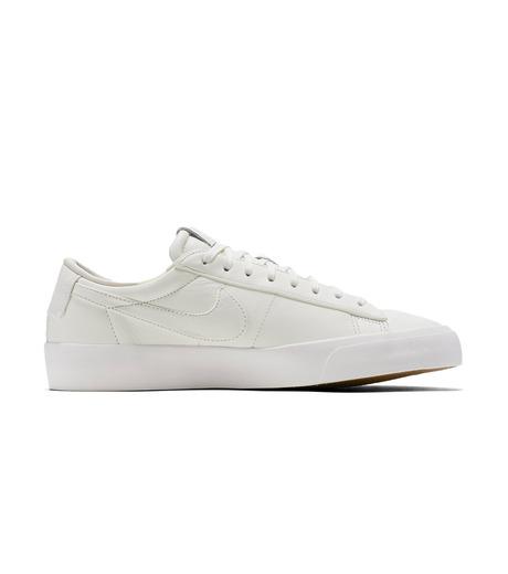NIKE(ナイキ)のBLAZER STUDIO LOW-WHITE(シューズ/shoes)-904804-100-4 詳細画像1