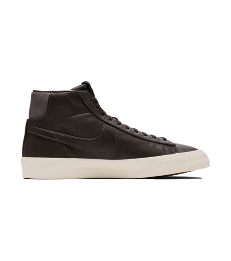 NIKE(ナイキ)のBLAZER STUDIO MID-DARK BROWN(シューズ/shoes)-904805-201-43 詳細画像1
