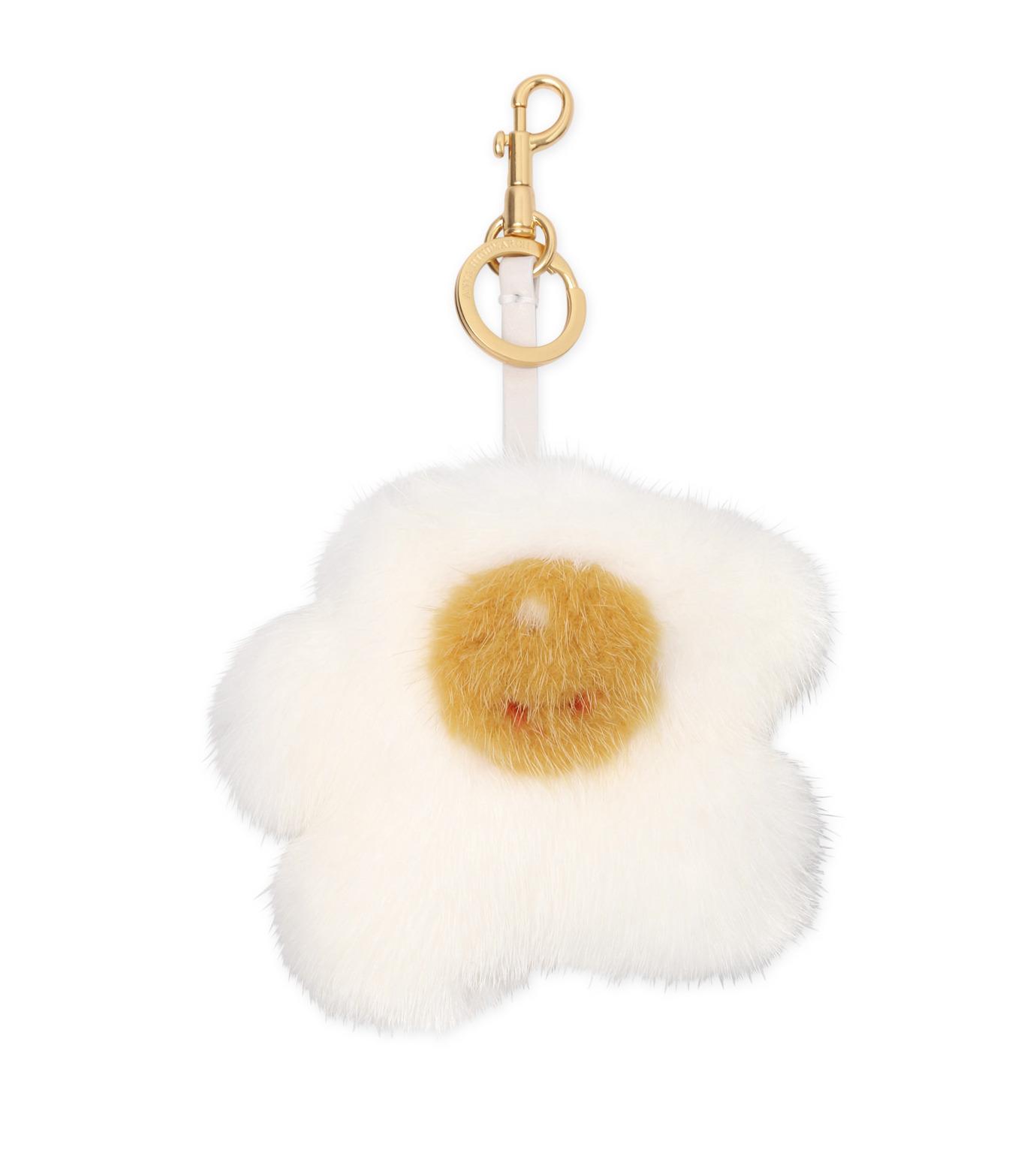 Anya Hindmarch(アニヤハインドマーチ)のMink Egg Tassel-WHITE-930536-4 拡大詳細画像1