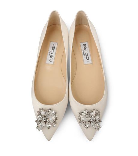 Jimmy Choo(ジミーチュウ)の010STV Satin Flat w/Crystal Brooch-WHITE(フラットシューズ/Flat shoes)-ALINA-5 詳細画像4