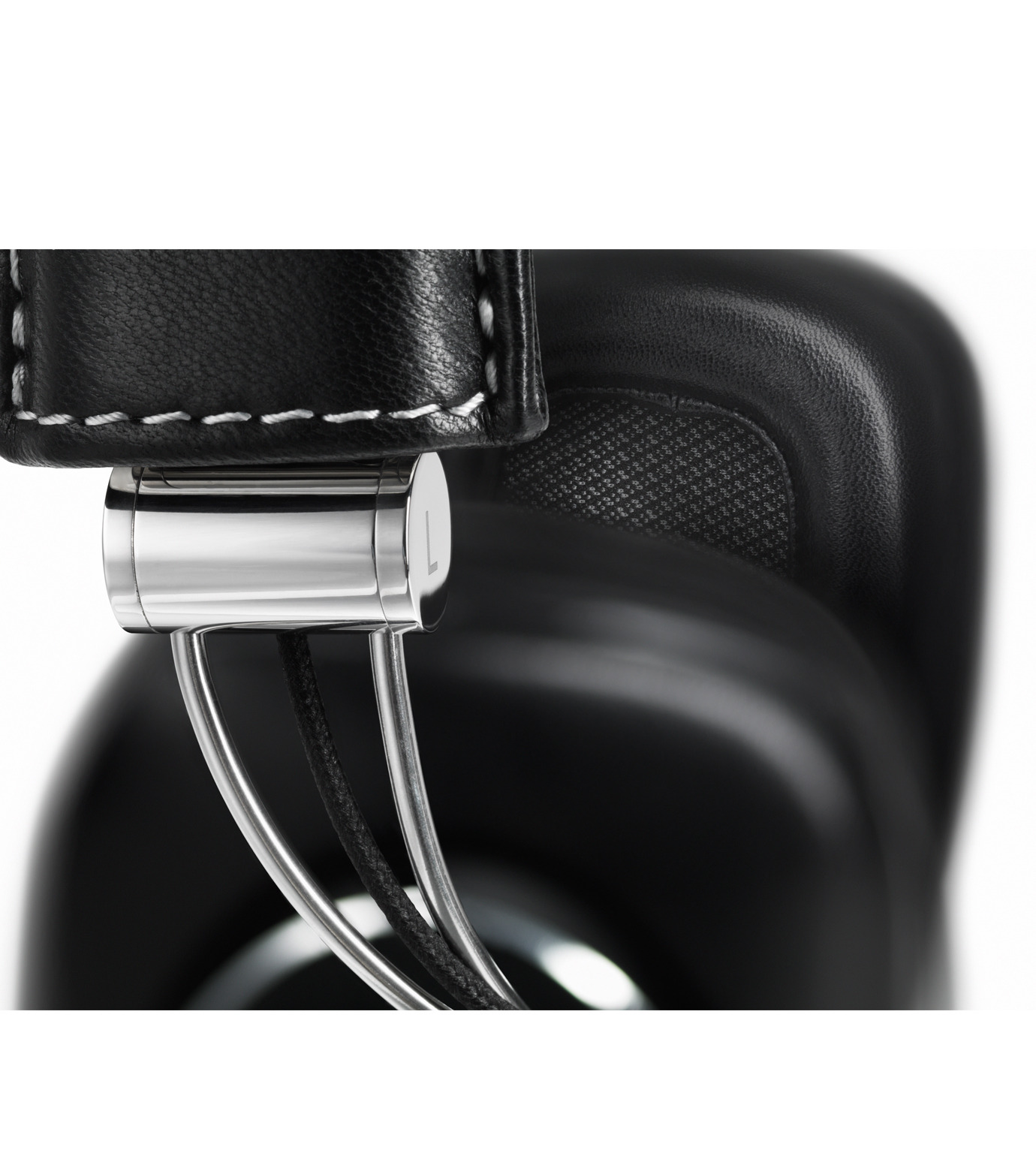 Bowers&Wilkins()のP7 WIRELESS-BLACK(ヘッドフォン/headphones)-BW-P7WI-13 拡大詳細画像5