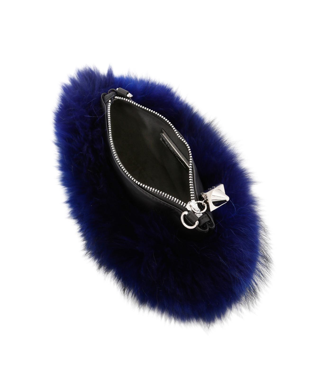 Emm Kuo(エムクオ)のfur flat bag-BLUE(ショルダーバッグ/shoulder bag)-EK02204D-92 拡大詳細画像3