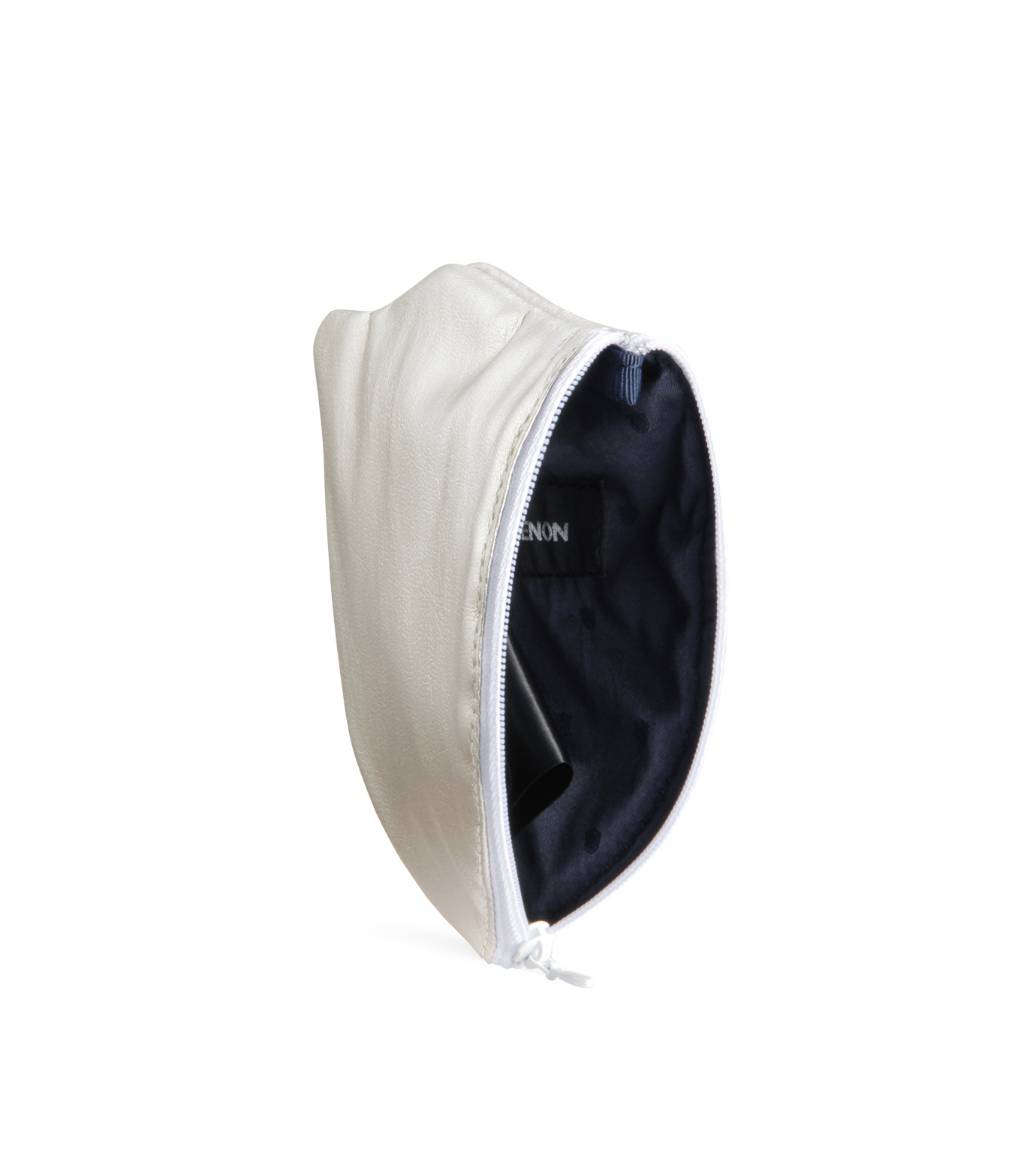 Phenomenon(フェノメノン)のLeather emblem pouch-SILVER(デジタルアクセサリー/digital accesary)-ILLBG-135-1 拡大詳細画像4