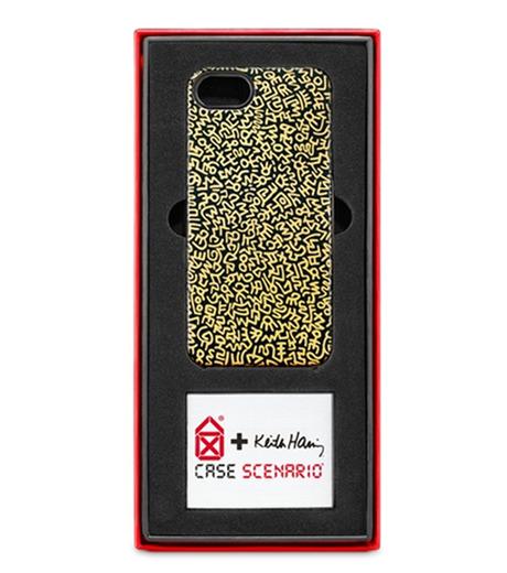 "CASE SCENARIO(ケースシナリオ)のKEITH HARING IPHONE 5 COVER ""GOLD GRAFITTI-BLACK(ケースiphone5/5s/se/case iphone5/5s/se)-KH-IPH5-FB1-13 詳細画像2"