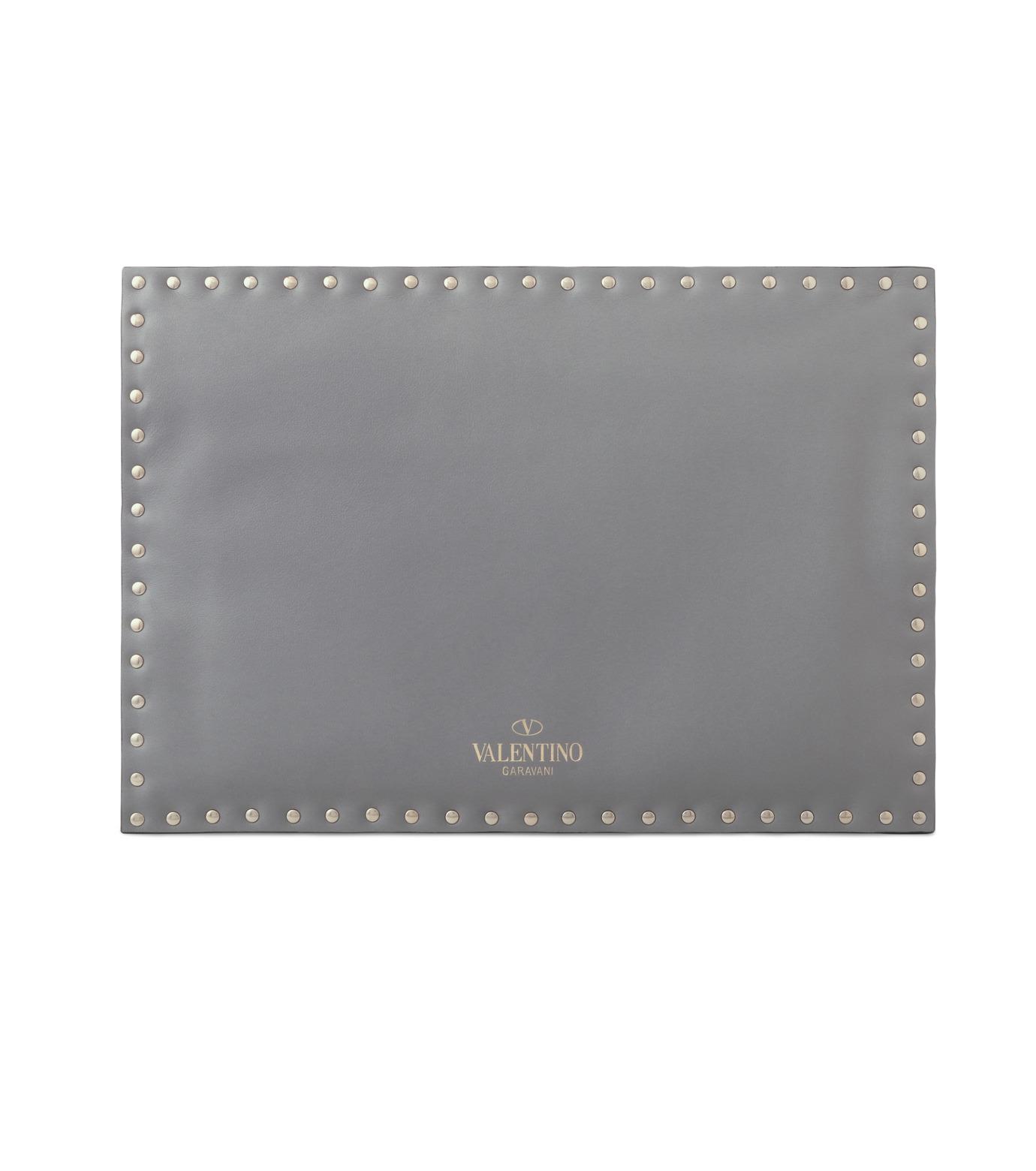 VALENTINO GARAVANI(ヴァレンティノ ガラヴァーニ)のRockstuds Envelop Clutch-GRAY(クラッチバッグ/clutch bag)-LW2B0100BOL-11 拡大詳細画像3