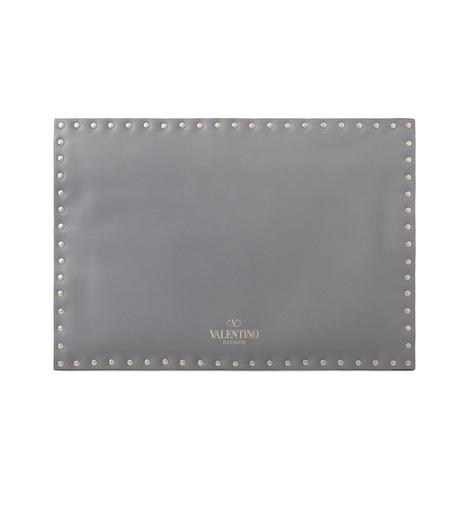 VALENTINO GARAVANI(ヴァレンティノ ガラヴァーニ)のRockstuds Envelop Clutch-GRAY(クラッチバッグ/clutch bag)-LW2B0100BOL-11 詳細画像3