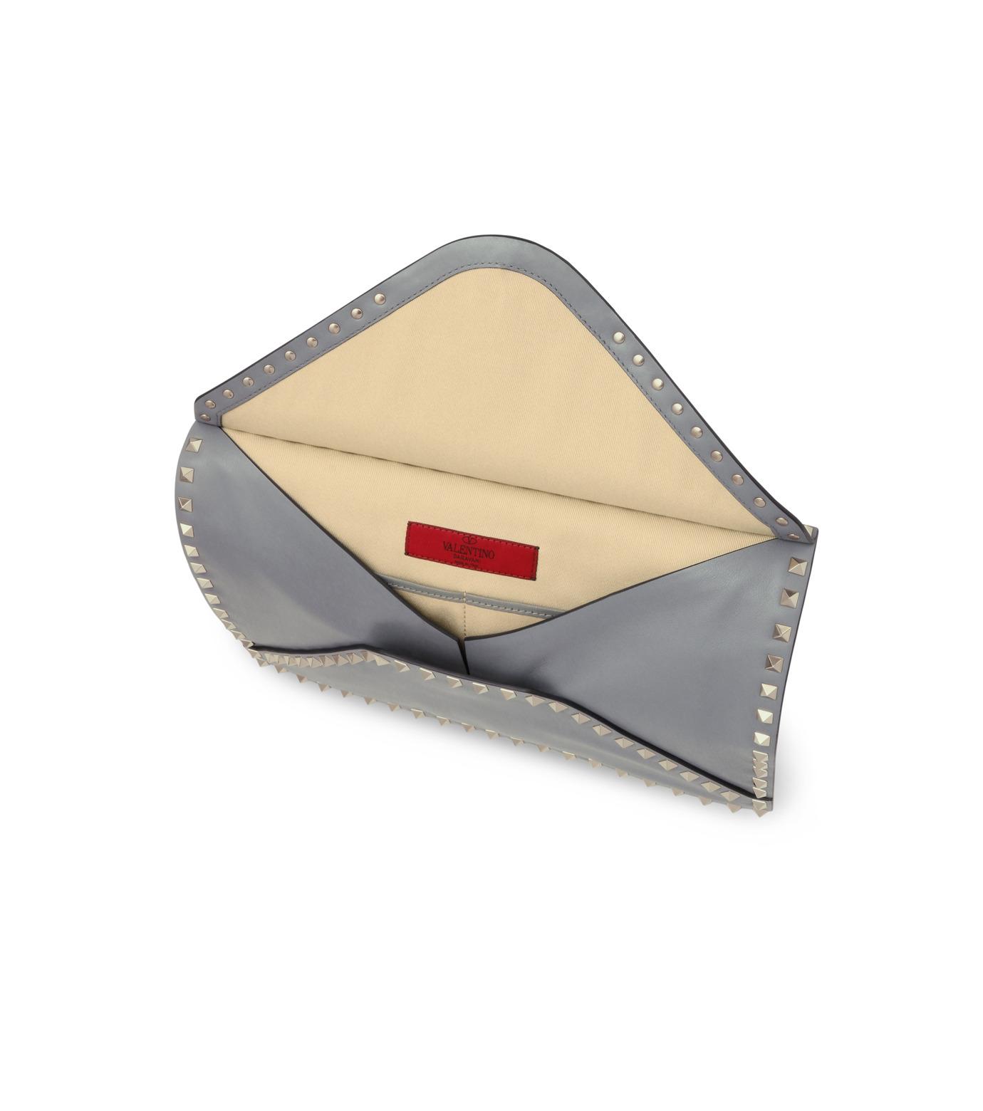 VALENTINO GARAVANI(ヴァレンティノ ガラヴァーニ)のRockstuds Envelop Clutch-GRAY(クラッチバッグ/clutch bag)-LW2B0100BOL-11 拡大詳細画像4