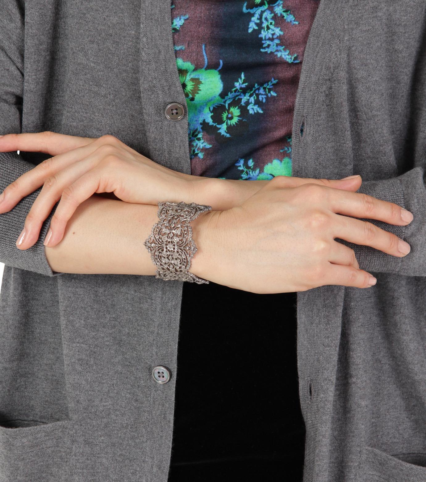 I AM by Ileana Makri(アイ アム バイ イリーナ マクリ)のChantilly Lace Cuff-GUNMETAL(ブレスレット/bracelet)-O238-45-099-6 拡大詳細画像4
