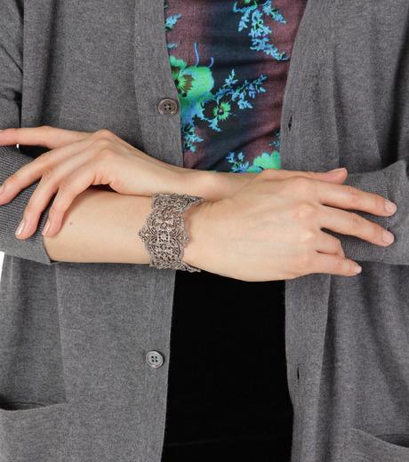 I AM by Ileana Makri(アイ アム バイ イリーナ マクリ)のChantilly Lace Cuff-GUNMETAL(ブレスレット/bracelet)-O238-45-099-6 詳細画像4