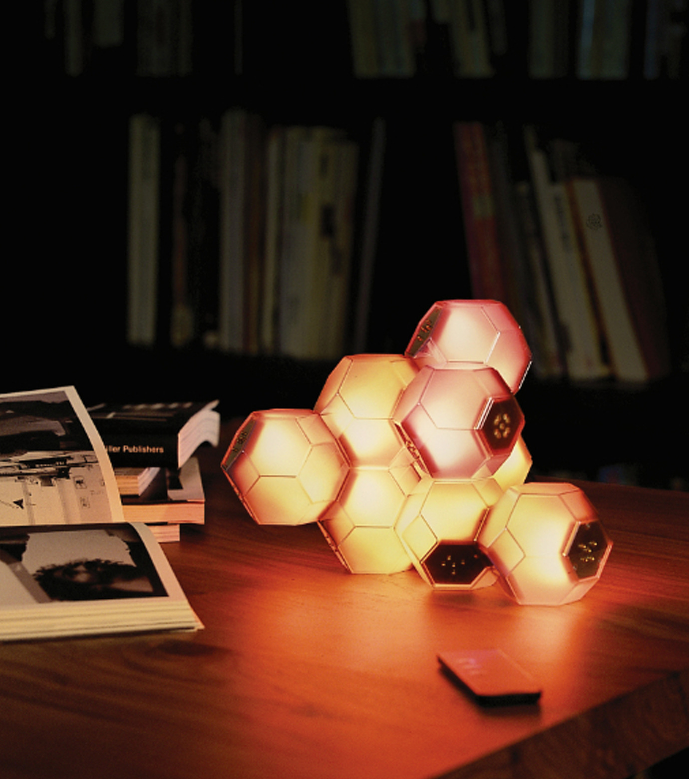 QisDesign(キスデザイン)のCrystal Table Lamp-MULTI COLOUR(ライト/light)-QDL0001-9 拡大詳細画像5