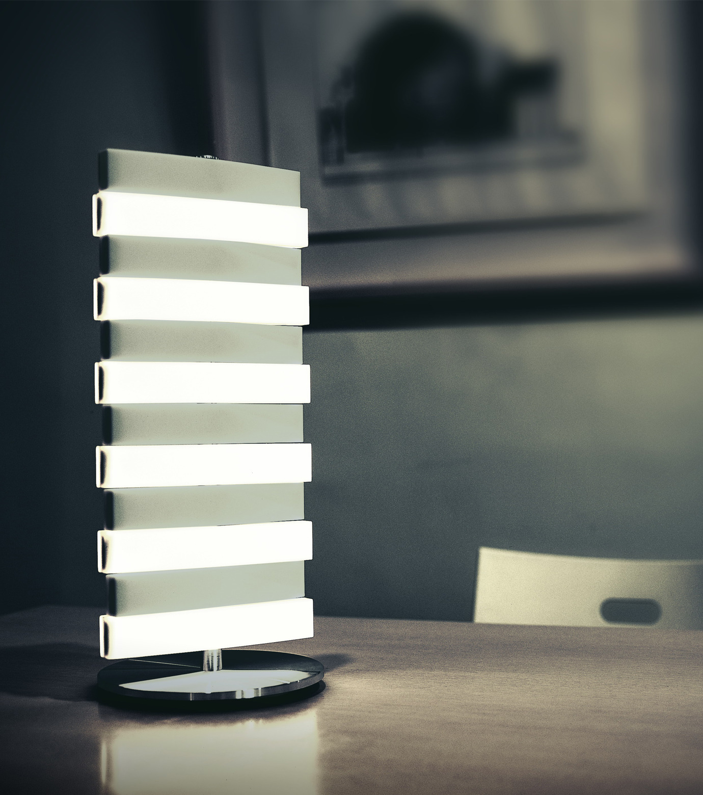QisDesign(キスデザイン)のPiano Table Lamp-SILVER(ライト/light)-QDL0002-1 拡大詳細画像2