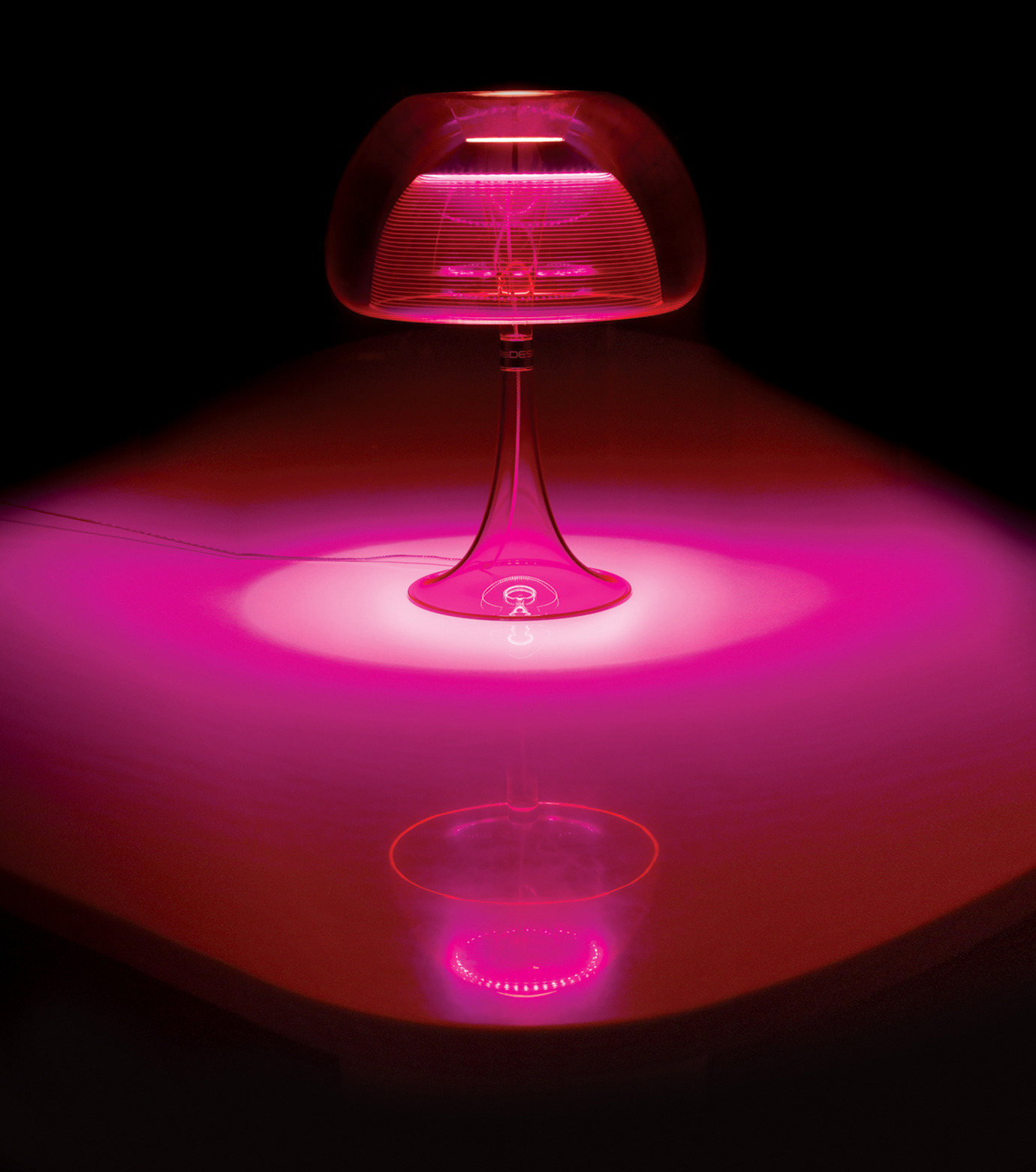 QisDesign(キスデザイン)のAurelia Table Lamp-PINK(ライト/light)-QDL0009-72 拡大詳細画像2