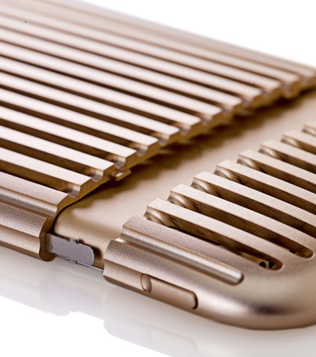 SQUAIR(スクエア)のThe Slit for iPhone6-GOLD(ケースiphone6/6s/case iphone6/6s)-SQSLT620-GLD-2 詳細画像5
