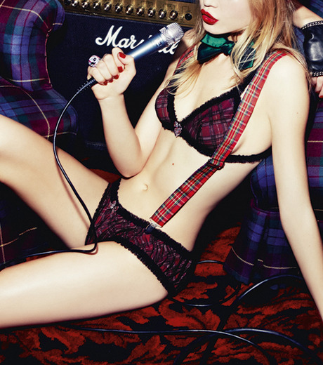 Chantal Thomass(シャンタルトーマス)のParty Triangle Bra-RED(LINGERIE/LINGERIE)-T02930-62 詳細画像3