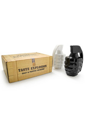 Thabto Taste Expl Salt & Pepper Shakers